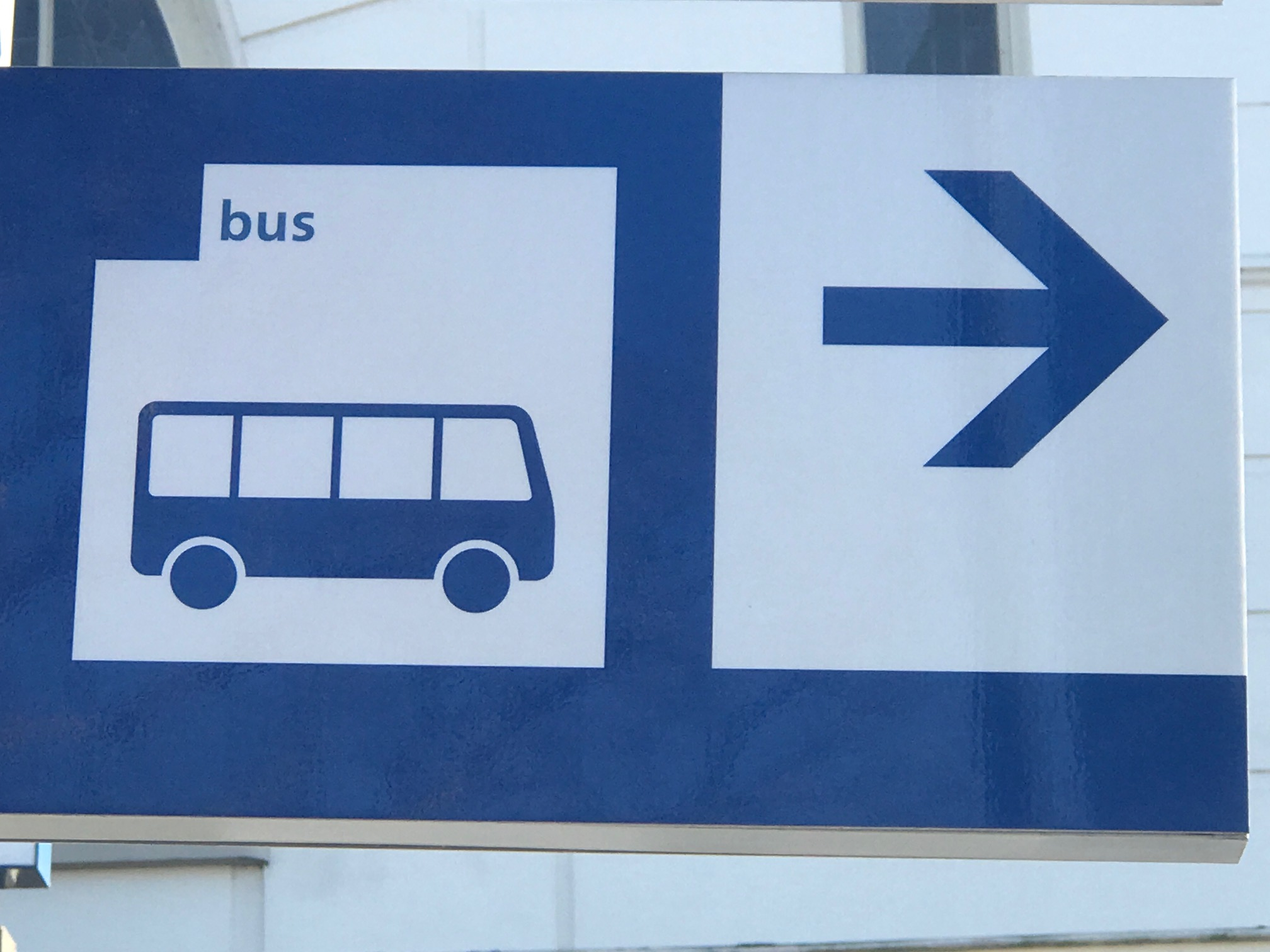 Sign bus