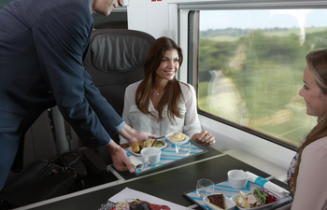 Online Small-Onboard new e320 train -Getty-Eurostar-Q3-2015 02.png